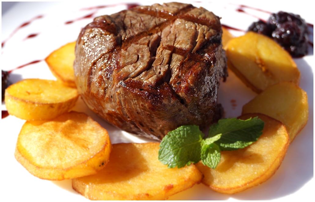 медальоны из говядины рецепт в духовке рецепт с фото