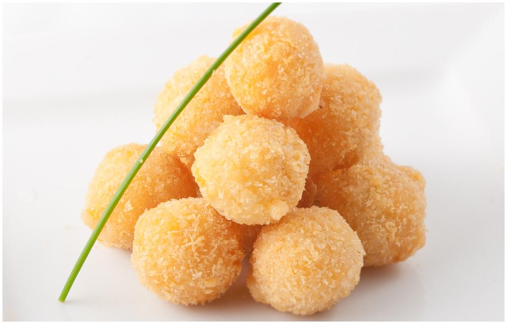 Сырные шарики с крабовыми палочками – Пошаговый рецепт с ...