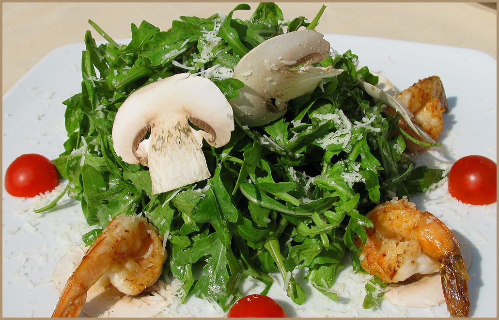 салат с морепродуктами с руколой рецепт с фото